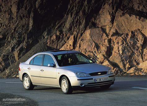 ford mondeo sedan specs