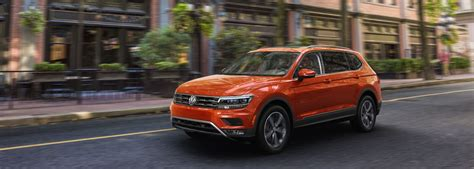 Volkswagen Tiguan Backgrounds by 2019 Vw Tiguan Mid Size Family Suv Volkswagen Canada