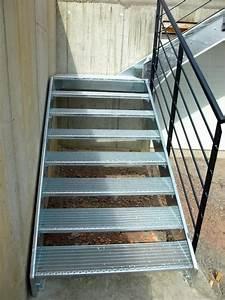 Escalier Exterieur Metal : escalier ext rieur metal concept escalier ferronnerie ~ Voncanada.com Idées de Décoration