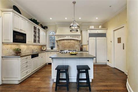 cuisine luxueuse la cuisine avec ilot cuisine bien structurée et