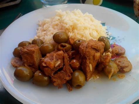 cuisine corse veau aux olives sauté de veau corse aux olives humm a vos fourchettes