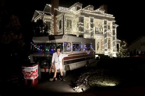 south jersey christmas light displays homeowner recreates griswold s vacation light