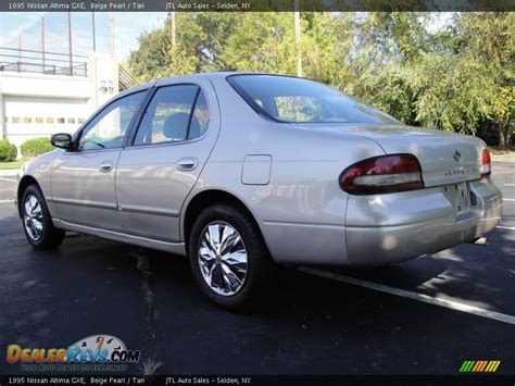 1995 Nissan Altima by 1995 Nissan Altima Gxe Beige Pearl Photo 4