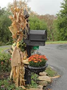 Fall Mailbox Decorating Ideas