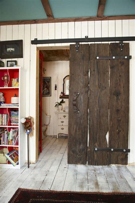 chambre a coucher porte coulissante la porte coulissante pour la salle de bain archzine fr