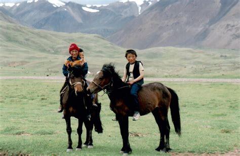 kazakh horse kazakhs horses mongolia nomadic breed famous history most