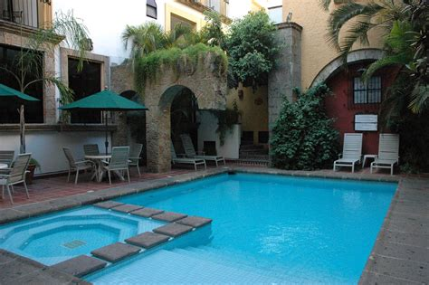 blue cool swimming pool  jacuzzi  arch volcanic
