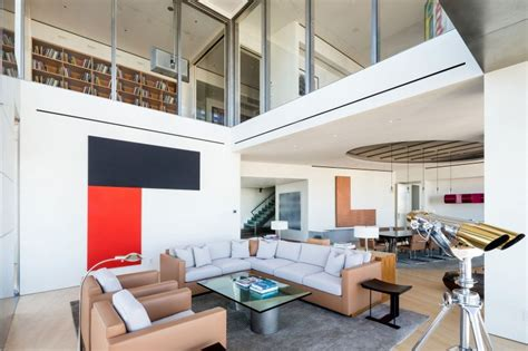 Modern Duplex Apartment Designed With Stylish Interior In