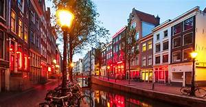 Where Is The Red Light District In Amsterdam Street Name Coronavirus Forces Amsterdam S Red Light District
