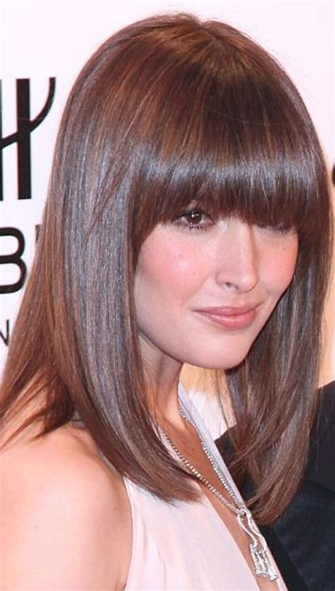 15+ Lovely Hairstyles With Long Bangs Hairstyles