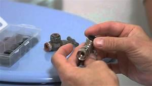 changer le robinet des toilettes youtube With comment changer le joint d un robinet