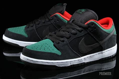 A Familiar Colorway Returns To The Nike Sb Dunk