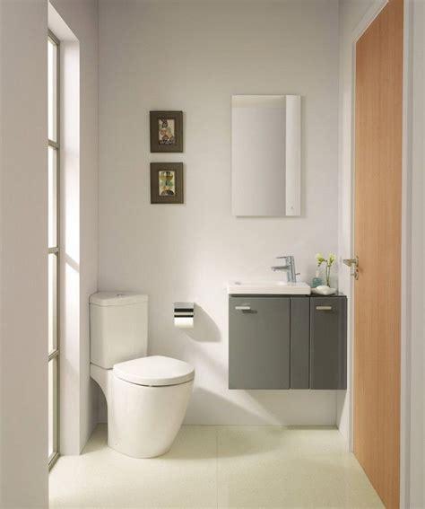 Badezimmer Unterschrank Ecke by G 228 Ste Wc Gestalten Toilettenbecken Ecke Gro 223 Es Fenster