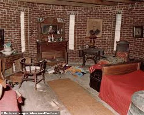Inside Corpsewood Manor where quiet gay couple were ...