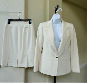 austin reed pc ivory skirt suit  gold buttons size