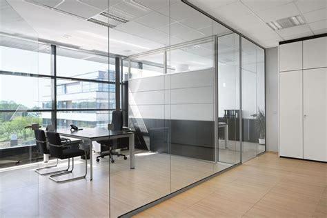 muri in vetro per interni pareti in vetro pareti e muri pareti in vetro per interni