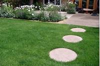 garden stepping stones Garden Stepping Stones Inspiration ~ Cool Things ...