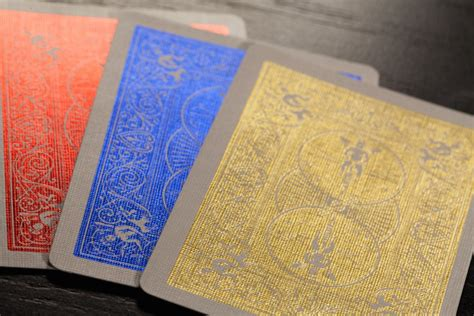 10 ace cards (a to 10) and 3 picture cards: MetalLuxe™ Playing Cards - Articles   Bicycle Playing Cards