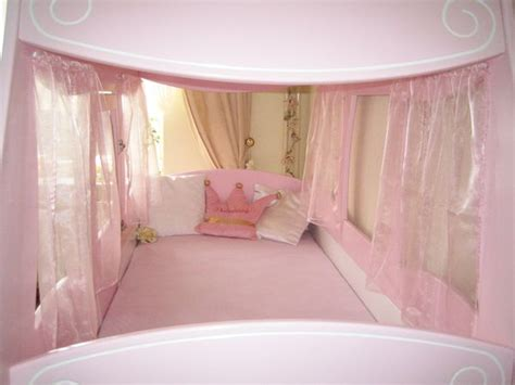 Königliche Kutsche Bett Oli&niki