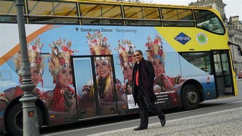 wajah cantik penari gandrung   bus wisata berlin