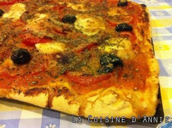 cuisine napolitaine recette pizza napolitaine la cuisine familiale un plat