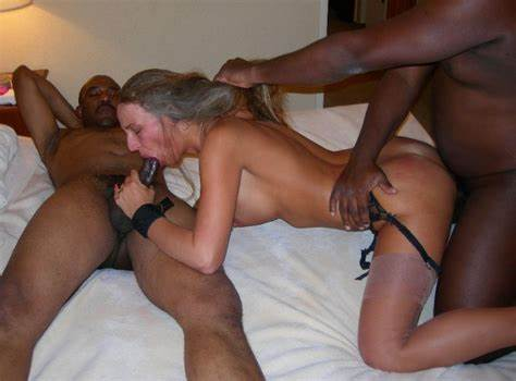 Cuckold Mommy Films His Grey Haired Friends With A Bbc Www