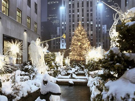traveler guide 10 best cities to celebrate christmas