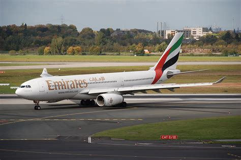 Windows 10 Preview Wallpaper File Emirates Airbus A330 200 A6 Eae Dus 13 10 2009 558kv Flickr Aero Icarus Jpg