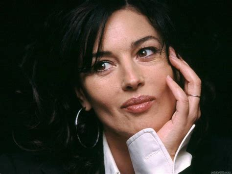 New Funny Pictures Monica Bellucci Wallpapers Monica