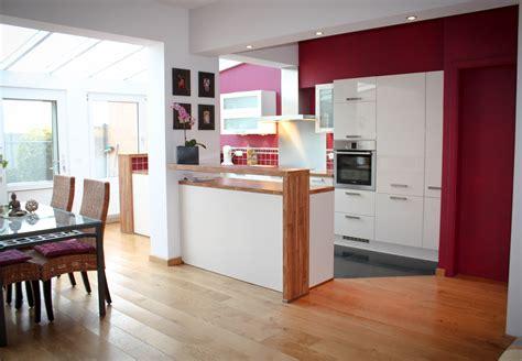 peinture cuisine moderne couleur mur cuisine agrandir un grain de