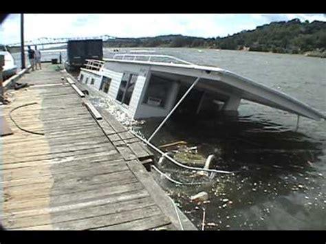 Sinking Boat Test by Boat Sinking Videolike
