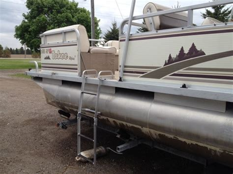 Pontoon Boat Rental Corpus Christi by How Much To Rent A Boat In Las Vegas Used 18 Pontoon Boat