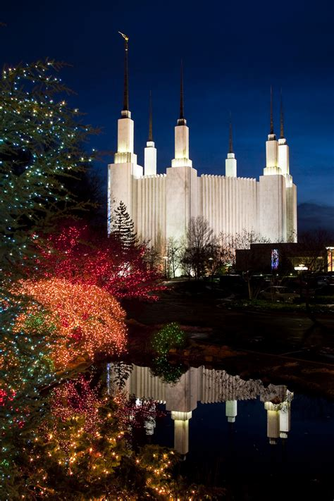 collection of mormon temple dc lights