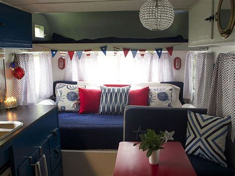 Decorating Ideas Vintage Travel Trailer by 1000 Ideas About Vintage Trailer Decor On