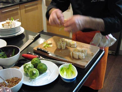 poele cuisine ceramique une poêle en céramique avantages et inconvénients en 4