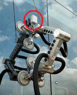 dubai window washing robot clean ant singularity hub
