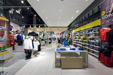 interieur sport el bomboro the locker room by foot locker store by dalziel and pow uk