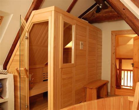 In Dachschräge Einbauen by Sauna Unter Der Dachschr 228 Ge Einbauen Wir Machen Es M 246 Glich