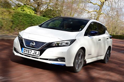 Nissan Car : Best Electric Cars To
