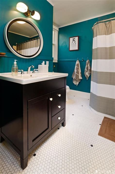 Teal Color Bathroom by Best 25 Teal Bathrooms Ideas On Teal