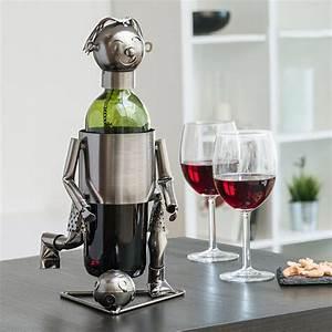 Porte Bouteille Vin : porte bouteille footballeur achat porte bouteille de vin ~ Melissatoandfro.com Idées de Décoration