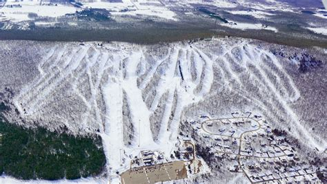 wisconsin s tiny granite peak wants to compete with vail