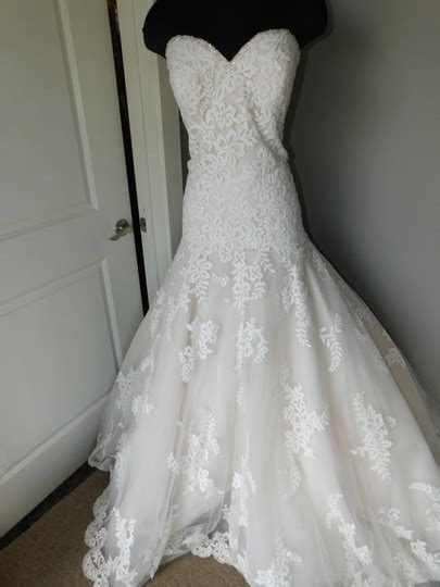 allure bridals  wedding dress size    tradesy