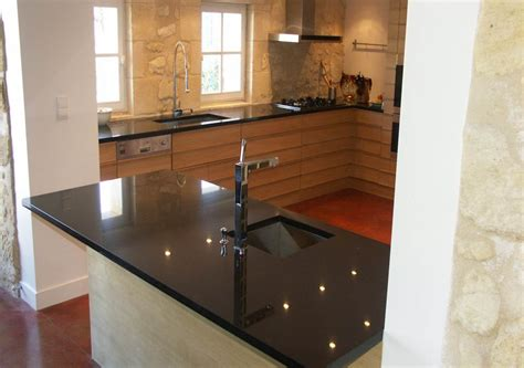 cuisine plan de travail cuisine plan de travail de cuisine moderne fonc en granit