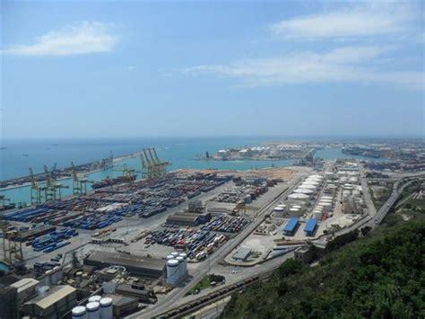 porto di barcellona foto il porto di barcellona a barcellona 550x412