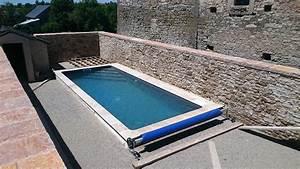 aveyron piscines construit votre piscine couloir de nage With piscine avec liner gris clair 1 nos realisations avec liner gris clair reynaud piscines