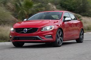 Volvo S60 R : 2017 volvo s60 t6 r design first test review is everything old new again motor trend canada ~ Medecine-chirurgie-esthetiques.com Avis de Voitures
