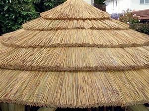 Toit En Paille : atrium concept spa jacuzzi sauna infrarouge pergola ~ Premium-room.com Idées de Décoration