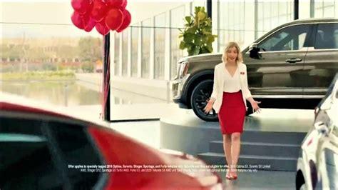 kia leads   auto ads chart wardsauto
