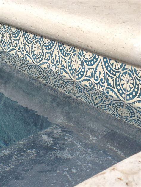 Best Pool Waterline Tile by 17 Beste Idee 235 N Swimming Pool Tiles Op